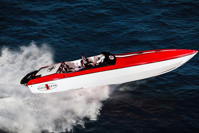 Cigarette Racing Boat