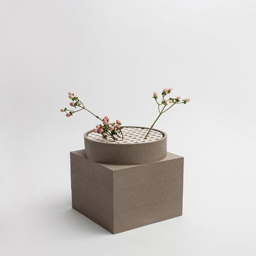 Tall Utility Vase | Brown | Luur
