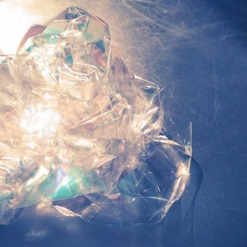 Broken Glass Eau de Parfum   Sharp Tones Subtle Floral Notes