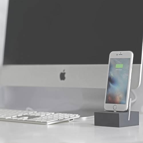 Native Union   iPhone/iPad Dock