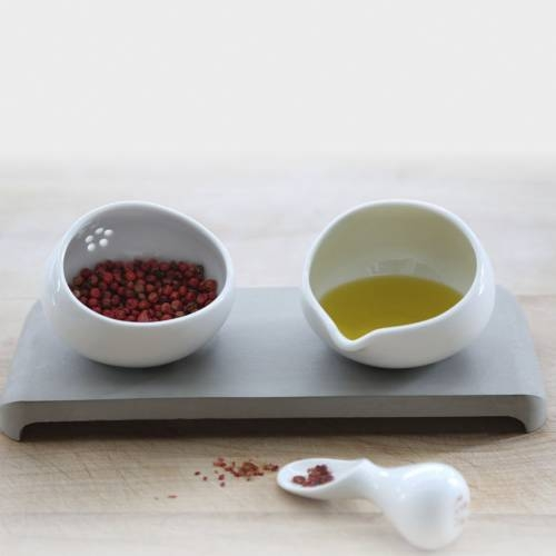 U-Spice Condiment Server   IntoConcrete