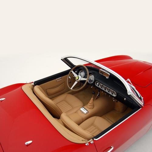 Ferrari | 250GT California Spyder SWB | Amalgam | 1:8 Scale