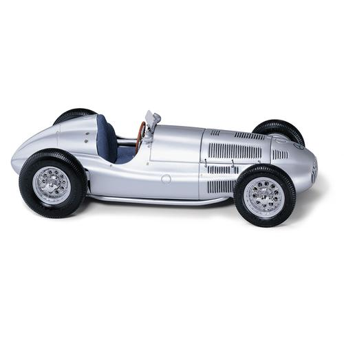 Mercedes-Benz W165 | 1939 | Classic Model Cars USA