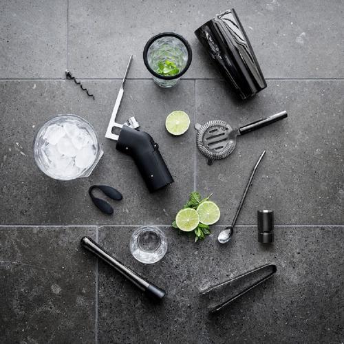 Traditional Boston-style Cocktail Shaker Set   Sagaform
